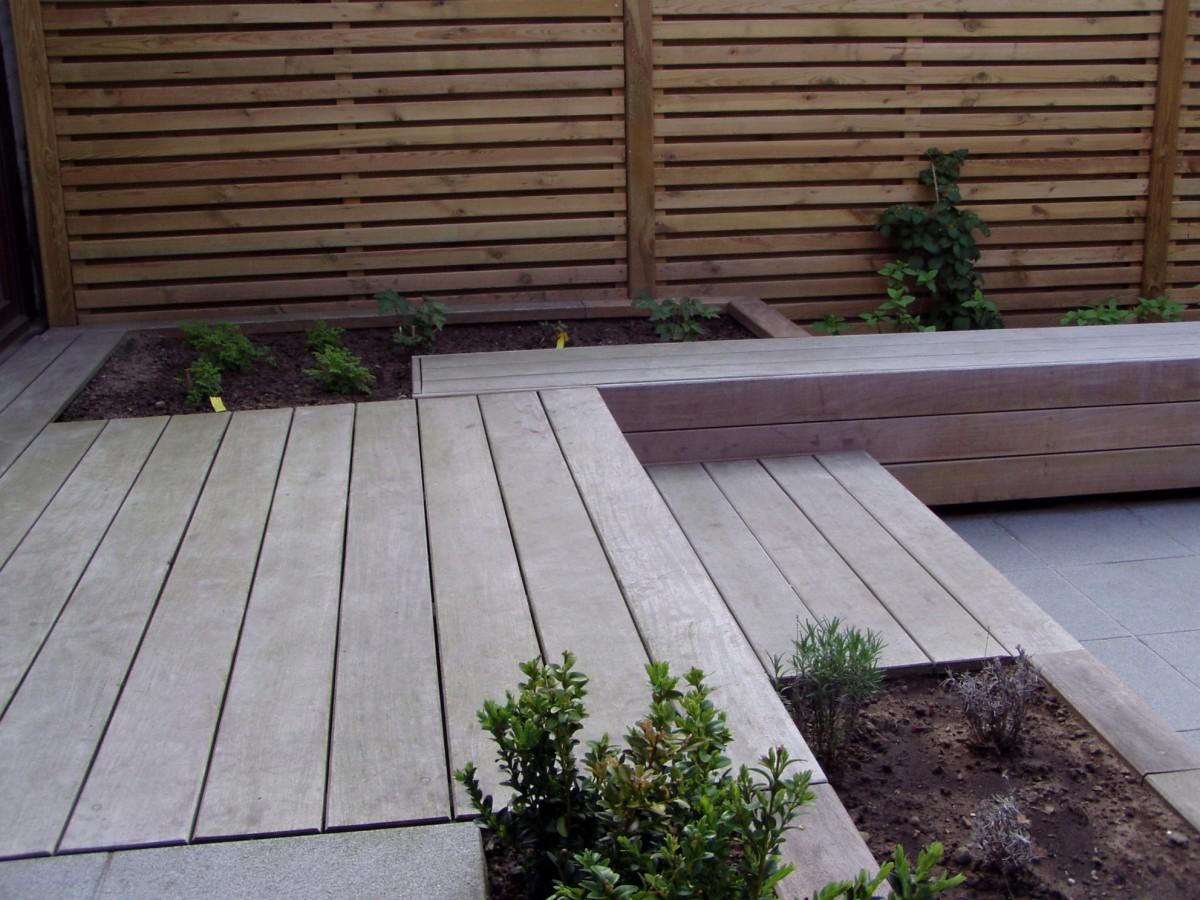 Houten terras tuinen desoete tropisch hout of ge mpregneerd den - Bedek een houten terras ...